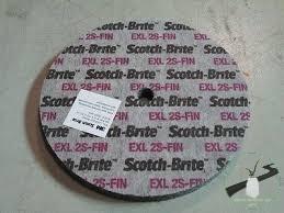 3M Scoth Brite polírozótárcsa XL-UW 2S FIN 152x6x12,7 mm